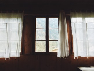 curtain window
