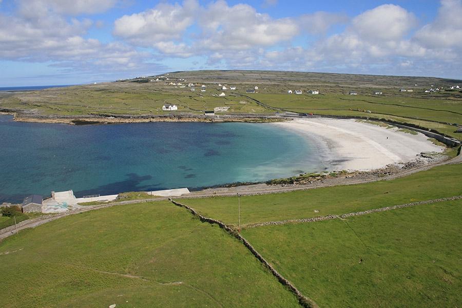 nicole kilmurvey beach